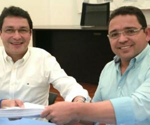 El alcalde Rafael Martínez y el exalcalde Carlos Caicedo.