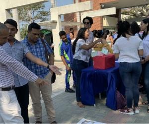 Durante la jornada los estudiantes de los Programas académicos de Derecho y Profesional en Deporte hicieron actividades pedagógicas.