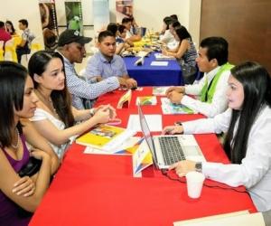 Más de 200 personas entre empresarios, emprendedores y estudiantes se dieron cita en este importante espacio