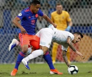 La jugada en la que se lesionó Luis Fernando Muriel.