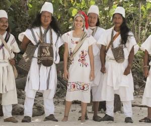 Comunidad Arhuaca con la presentadora del reality