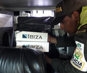 La mercancía no contaba con documentación que demostrara su legal introducción al territorio aduanero Nacional.