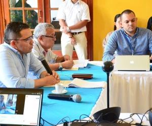 Primer consejo de gobierno de Martínez con el nuevo gabinete.