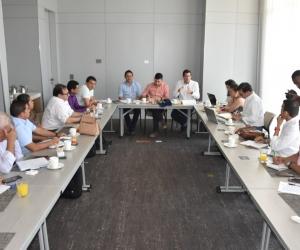El ministro de Vivienda, Jonathan Malagón, se reunió con los alcaldes del Magdalena.