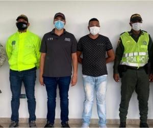 El detenido, conocido como 'Tigre' o 'Guachón', presunto cabecilla de una estructura urbana del 'Clan Golfo', sería quien accionó el arma de fuego contra Juana María Perea Plata.