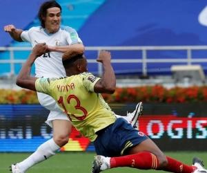 Momento del gol de Uruguay.