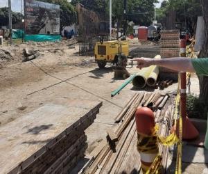 Construcción de un gran box culvert en el sector de Los Almendros