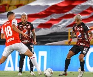 América y Santa Fe están instalados en la fase de grupos de la Libertadores.