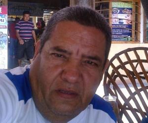 Johnny Escandón Mojica.