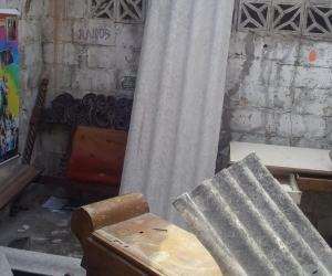 Casa afectada por desplome de techo en Malambo.