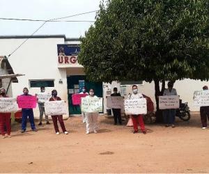 Protesta de trabajadores de la salud en Guamal.