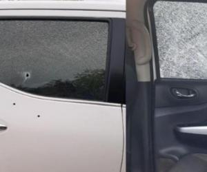 Así quedó la camioneta tras ser impactada por las balas.