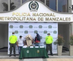 Carlos Julio Cardeño Guzmán, Delio Javier Moreno Muñoz y Eduard Anyerson Alarcón Montero fueron capturados en septiembre del 2020 en diligencias de registro y allanamiento en Pereira (Risaralda) e Ibagué (Tolima).
