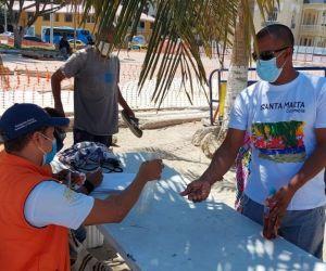 Controles en la playa de El Rodadero