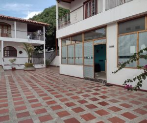 La casa de acogida de la mujer funcionó por menos de seis meses en el antiguo hotel Palma Blanca del Mar.