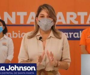 Alcaldesa Virna Johnson.
