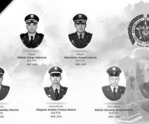 Uniformados que fallecieron en el accidente aéreo.