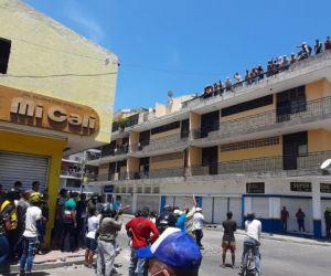 Desde la mañana de este viernes se presentan los disturbios.