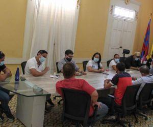Reunión de autoridades en Ciénaga.
