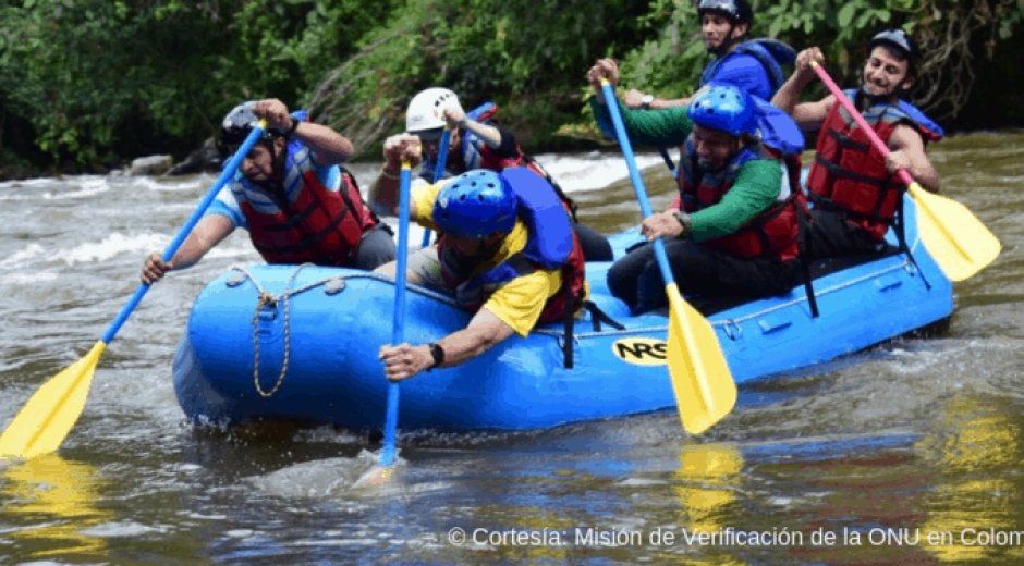 Equipo colombiano de rafting
