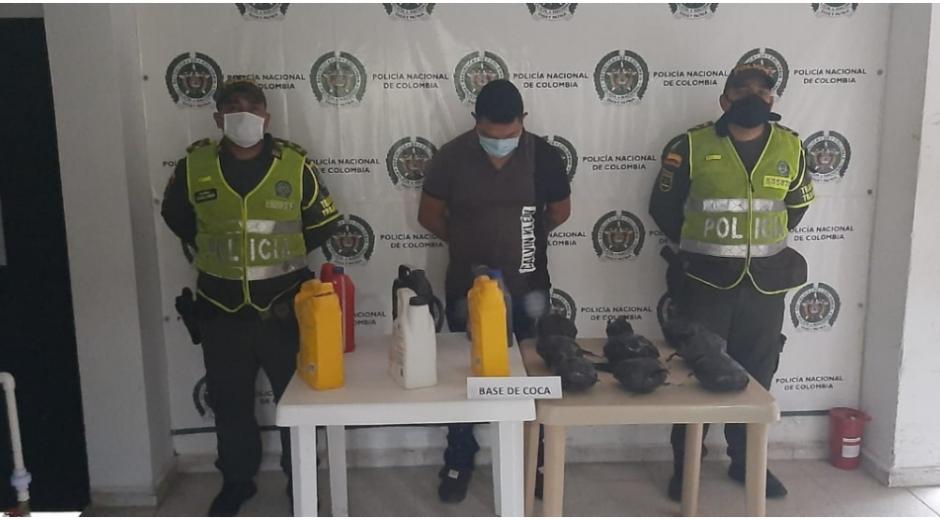 El conductor junto a la droga incautada, fueron trasladados hasta las instalaciones de la Fiscalía Seccional de Fundación.