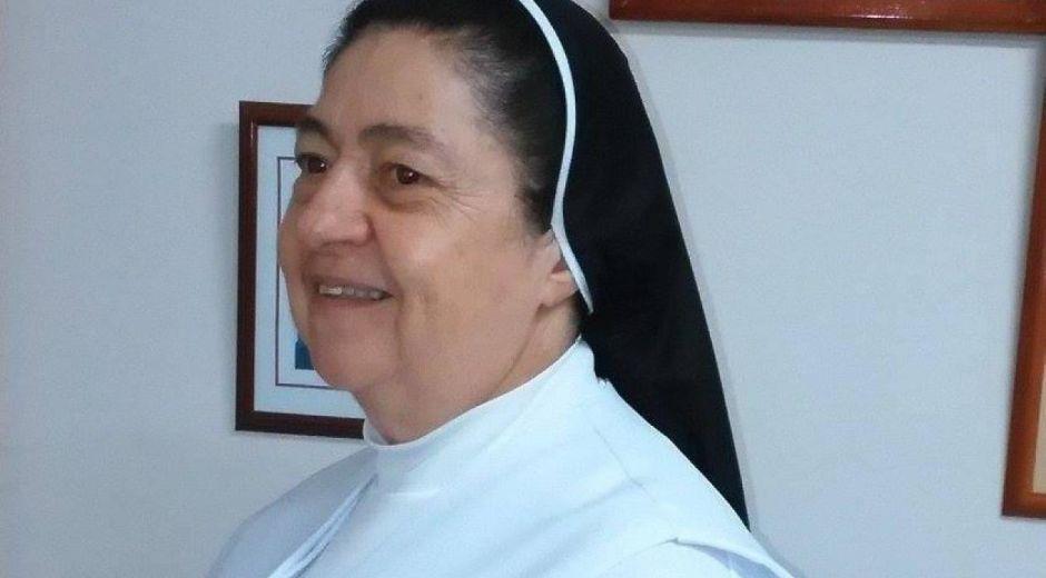 Hermana Luz Zapata Zapta, rectora del IED Madre Marcelina, fallecida.