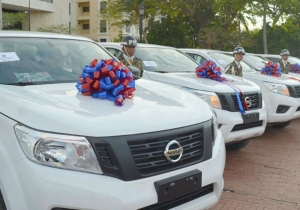 Estas son algunas de las camionetas entregadas a la Fuerza Pública en el Magdalena.