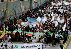"""""""Marcha de las flores"""" en favor de la paz, celebrada el pasado miércoles en Bogotá."""