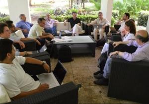 La esperada reunión se lleva a cabo este sábado.