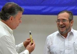 Con un balígrafo como este se firmará el acuerdo de paz.