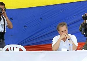 Durante el periodo de Andrés Pastrana, la silla de las FARC quedó vacía.