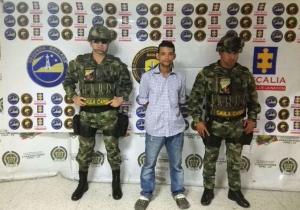 Carlos Andrés Domínguez, de 32 años, capturado por extorsión a menor de edad.