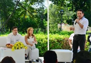 Intervención del alcalde Rafael Martínez, durante la presentación de la solución definitiva para el suministro de agua.