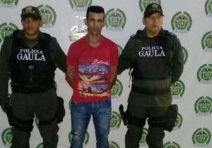 Aldemar Enrique López fue capturado por el delito de extorsión.